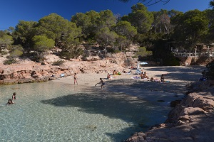 Sant Antoni de Portmany: a good place to stay in Ibiza