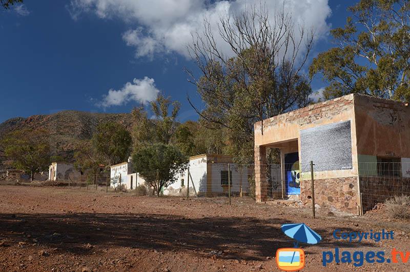 Anciennes maisons de mineurs à Rodalquilar en Andalousie