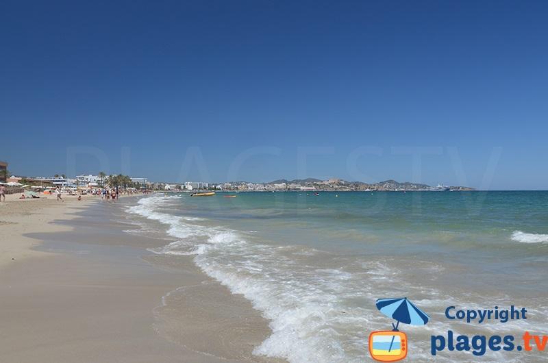 Belle plage à Ibiza