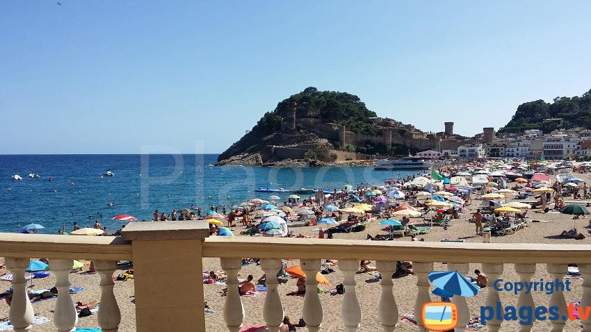 Belle plage de Tossa de Mar en Espagne