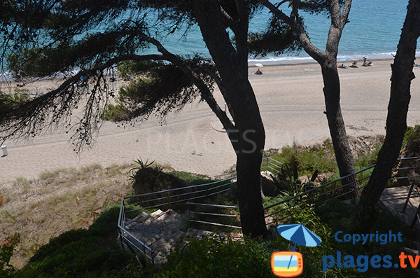 Accès à la plage de Cala Angels - Miami-Platja
