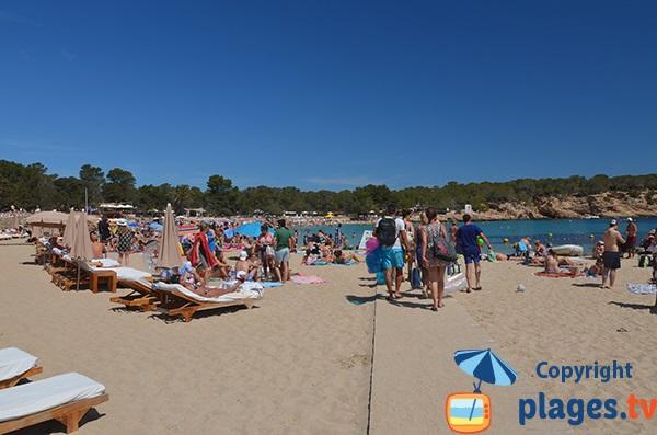 Accès pour les personnes à mobilité réduite à Cala Bassa - Ibiza
