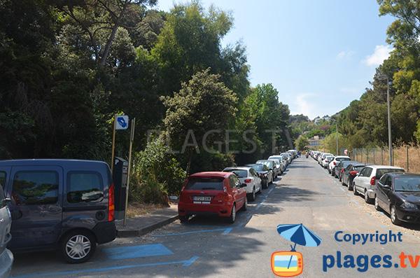 Parking de la plage de Cala Bona à Blanes