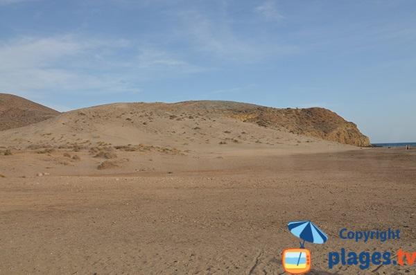 Dune de la plage de Monsul