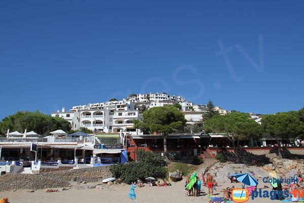 Restaurants sur la plage de l'Escala - Cala Montgo