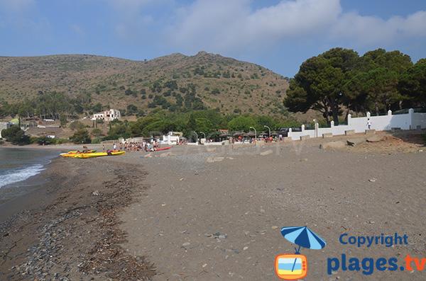 Plage dans le Cap Creus à proximité de Roses - Cala Montjoi
