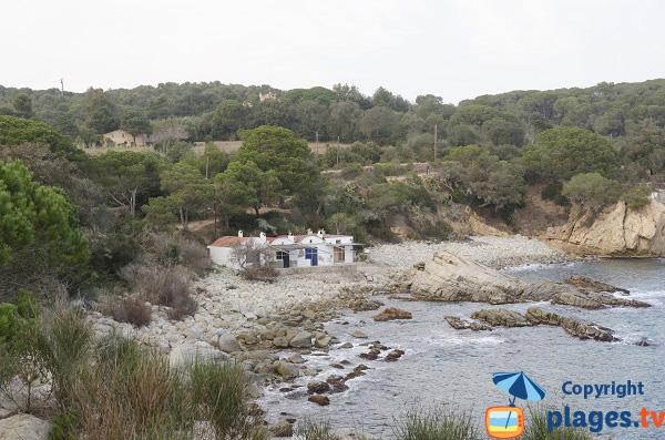 Crique de gros galets à Sant Esteve - Palamos