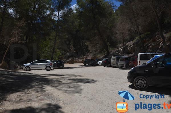 Parking de la plage de Xuclar à Portinatx