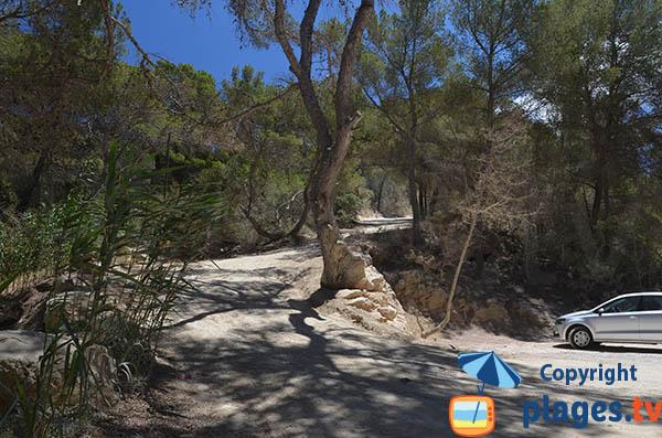 Piste d'accès à la crique de Xuclar à Portinatx