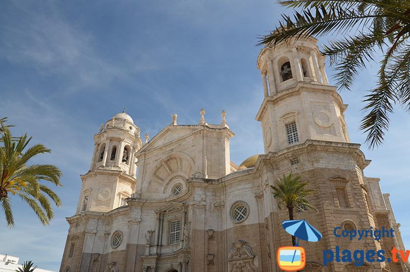 Cathédrale de Cadix dans la vieille ville