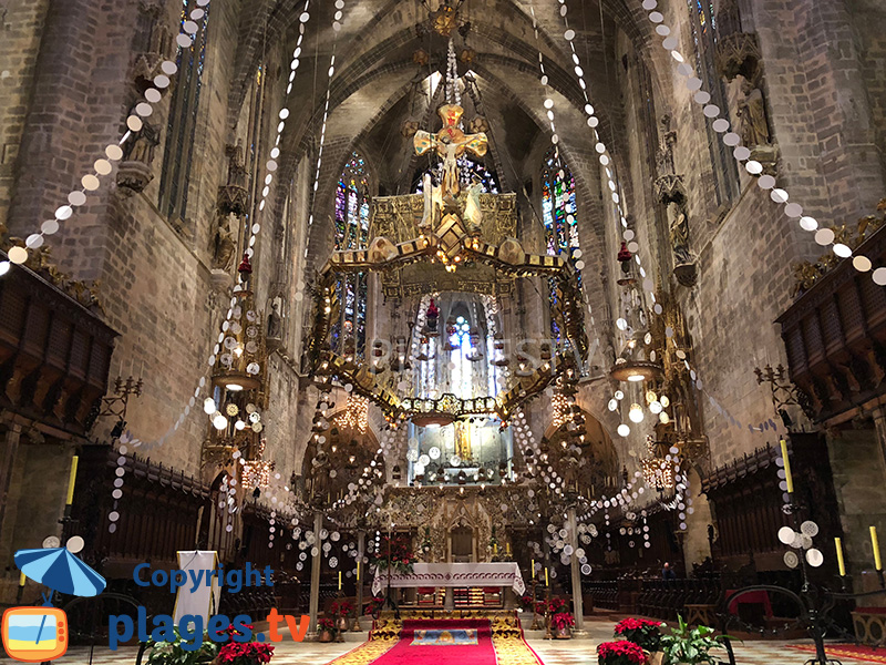 Décoration de la cathédrale de Majorque à Noël