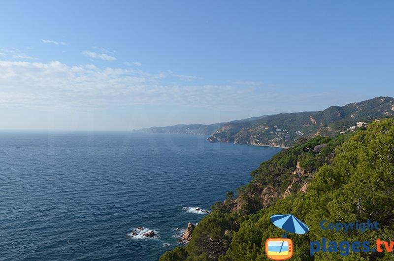 Côte sauvage de la Costa Brava de Sant Feliu à Tossa de Mar