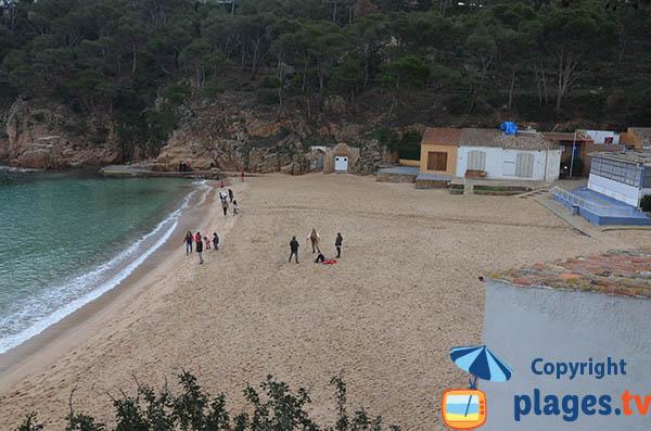 Photo de la plage d'Aiguablava à Bégur depuis le sentier de ronde