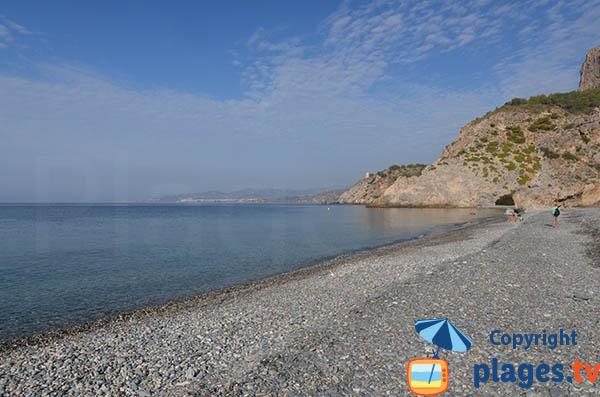Photo de la plage naturiste de Cantarrijan en Andalousie