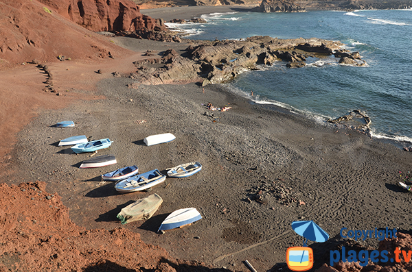 Cove with fishing boats at El Golfo - Lanzarote