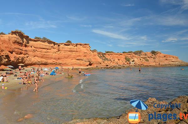 Baignade sur la plage de Es Bol Nou - Ibiza