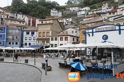 Port de Cudillero en Espagne - Asturies