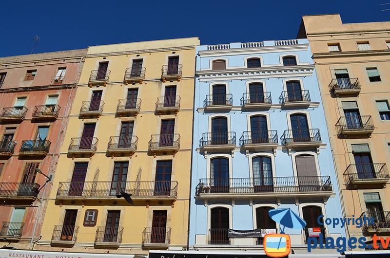 Tarragone et les façades colorées de sa vieille ville
