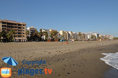 Front de mer et plage d'Estepona en Andalousie - Espagne