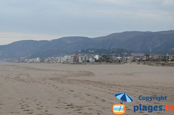 Castelldefels depuis la plage