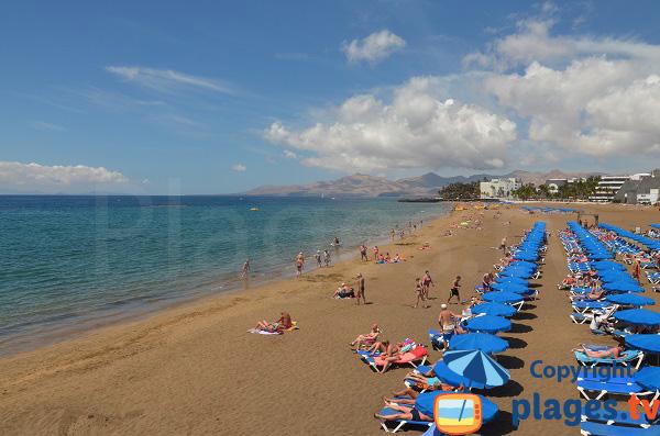 Plage de sable à Lanzarote - Puerto del Carmen