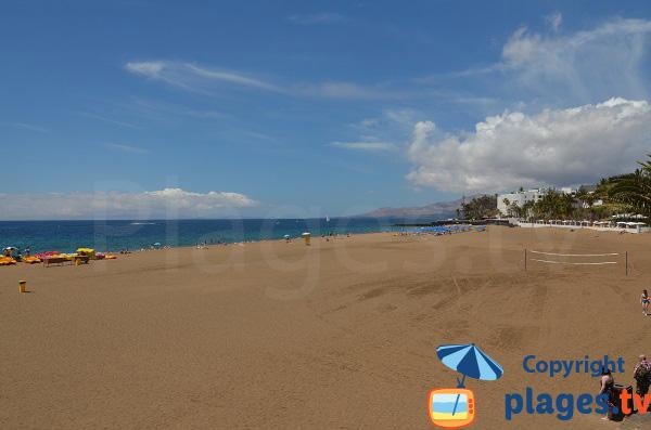 Partie sud de la grande plage de Puerto del Carmen - Lanzarote