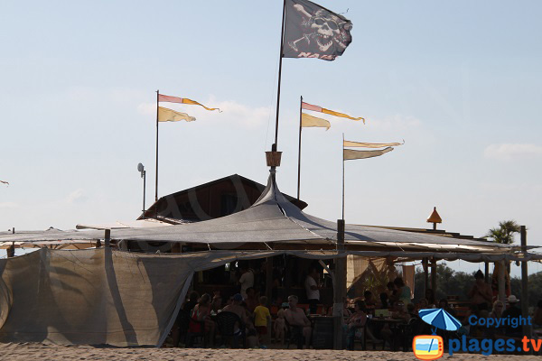 Restaurant sur la plage de Sant Pere Pescador