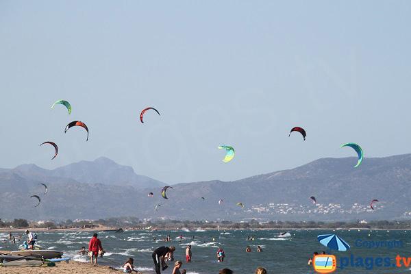 Plage pour le kitesurf en Espagne proche de Roses