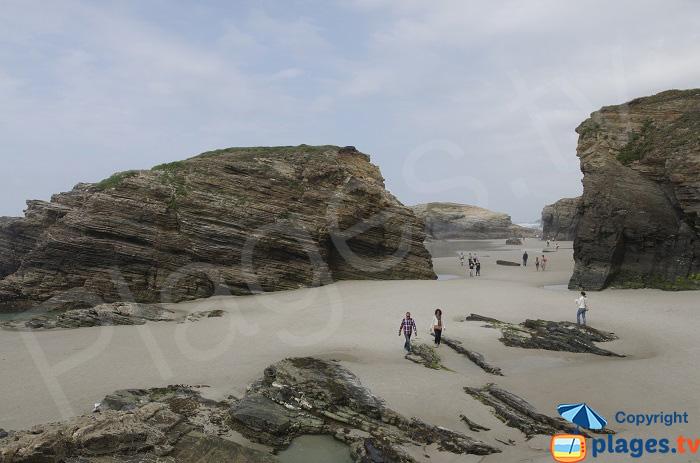 Plage des Cathédrales à marée basse - Galice