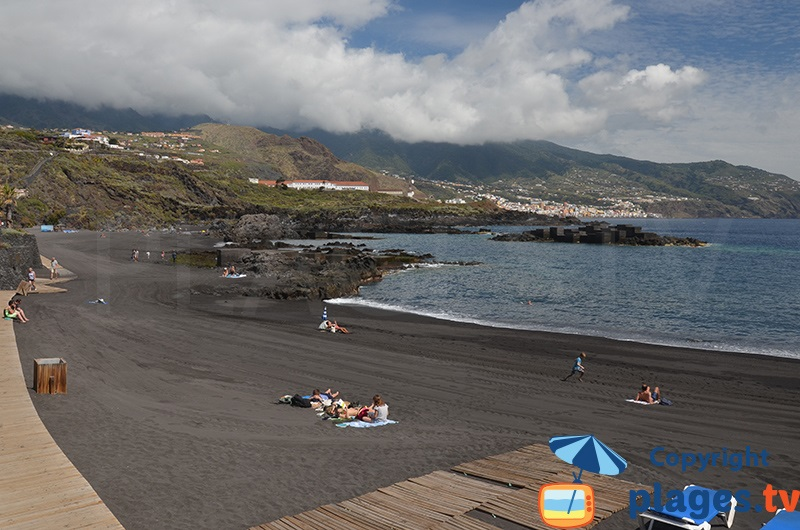 La Palma : les canaries verdoyants avec des plages volcaniques