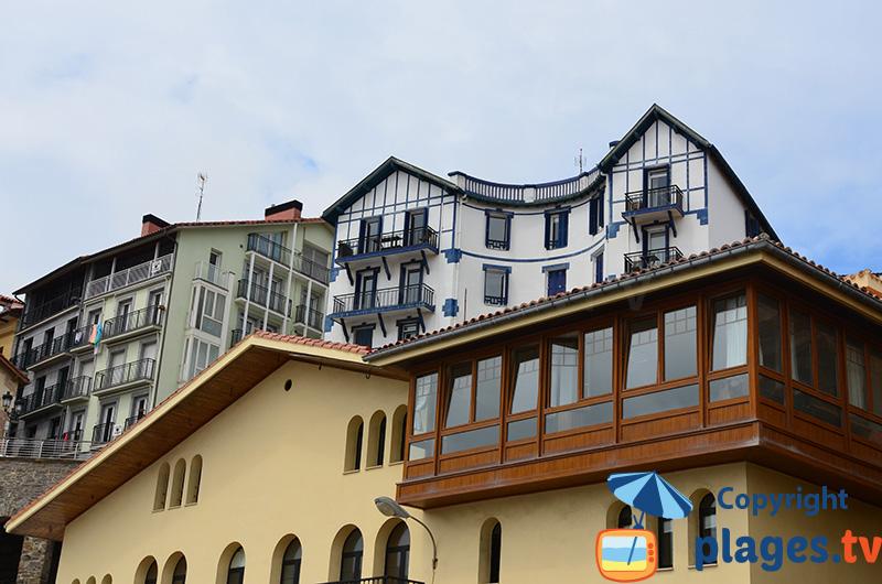 Maisons basques à Getaria en Espagne