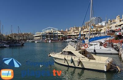 Marina de Benalmadena en Andalousie en Espagne