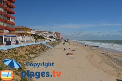 Bord de mer et plage de Matalascanas en Andalousie