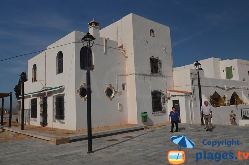 Maisons sur la place du chateau de Mojacar - Andalousie