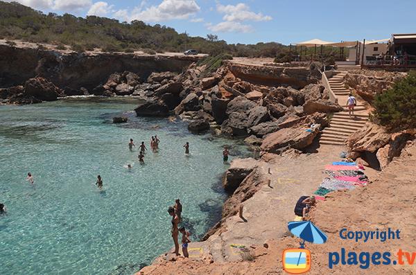 Plage de la piscine naturelle de Comte - Ibiza