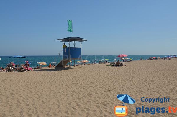 Poste de surveillance de la plage du Centre de Malgrat de Mar en Espagne