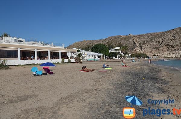 Restaurants sur la plage Agua Amarga - Andalousie