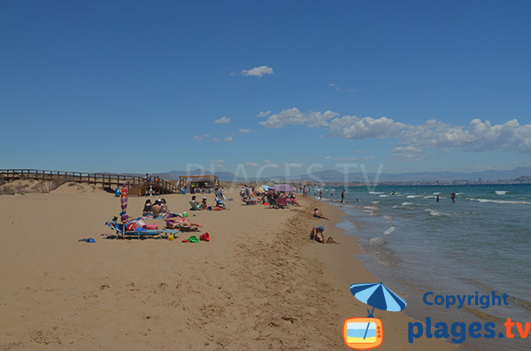 Grande plage de sable fin à Alicante - El Altet