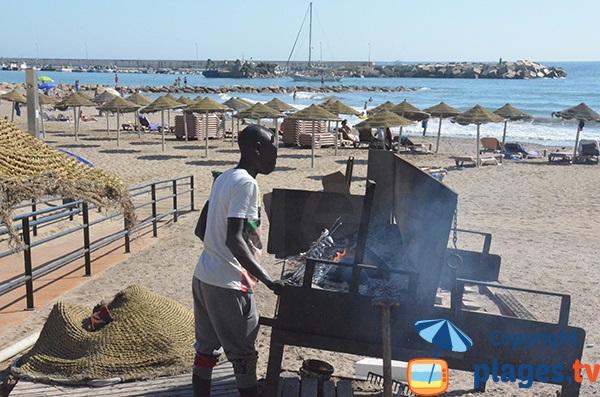 Sardines grillées sur la plage de Marbella