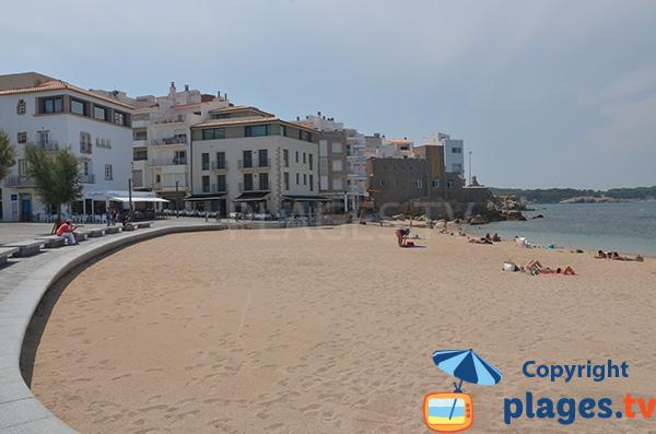 Photo de la plage des Barques à l'Escala en Espagne