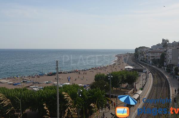 Photo de la plage des Barques à St Pol de Mar en Espagne