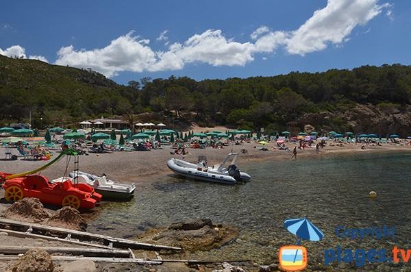 Belle plage à proximité de Port Sant Miquel - Ibiza