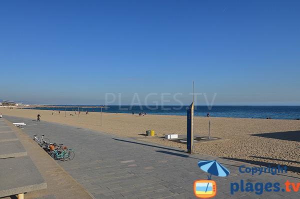 Photo de la plage de Bogatell à Barcelone