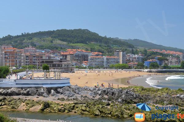 Castro Urdiales et sa plage - Cantabrie - Espagne