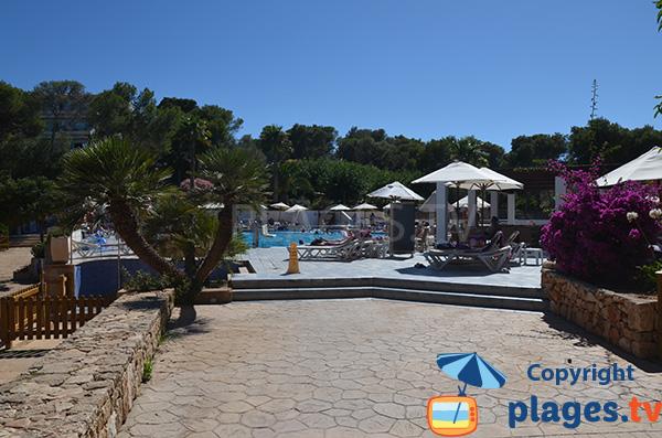 Hôtel à côté de la plage de Portopetro