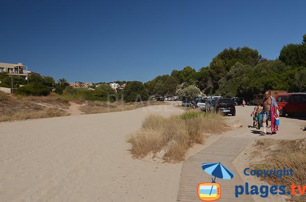 Parking de la plage de Cala Mendia - Porto Cristo