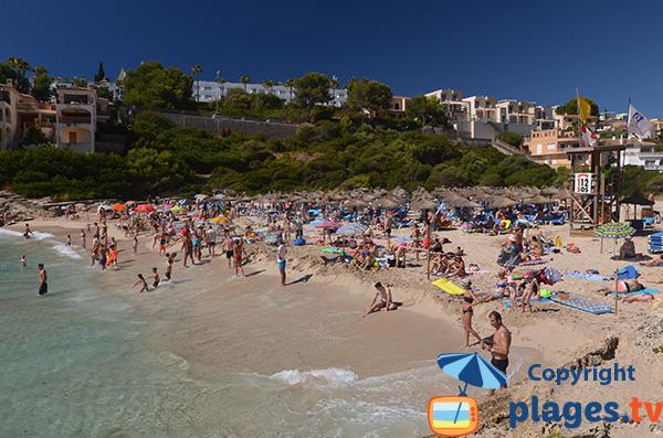 Photo de la plage de Cala Mendia à Porto Cristo à Majorque - Baléares