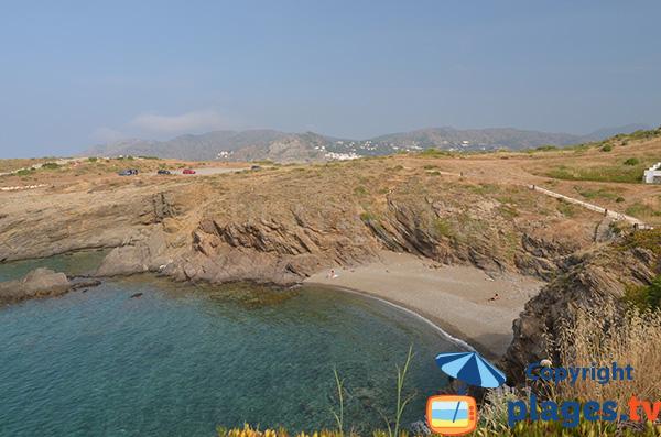 Photo de la plage dans la Cala Naples à El Port de Selva en Espagne