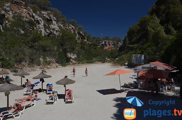 Kiosque sur la plage de Cala Pi à Majorque