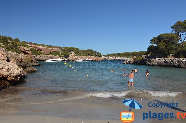 Baignade dans la cala Sa Nau - Majorque